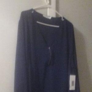 Plus size woman zipper v neck blouse
